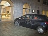 베를린 애플스토어를 차로 들이박고 물건 훔치는 범죄 벌어져..