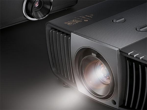 세계 최초 4K UHD DLP 프로젝터, 벤큐 W11000 국내 발표