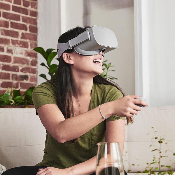 가상현실(VR) 헤드셋 라인업 재정비, 오큘러스 커넥트4 주요 내용은?