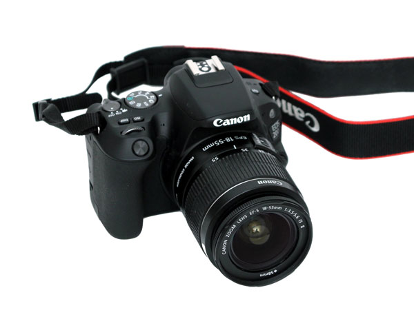 손도 마음도 가볍게 사용하는 DSLR 카메라, 캐논 EOS 200D