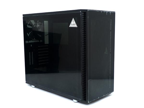 튜닝이 아쉬웠던 유저들을 위한 고성능 튜닝 PC 케이스, 프렉탈 디자인 디파인 S2 비전 블랙아웃