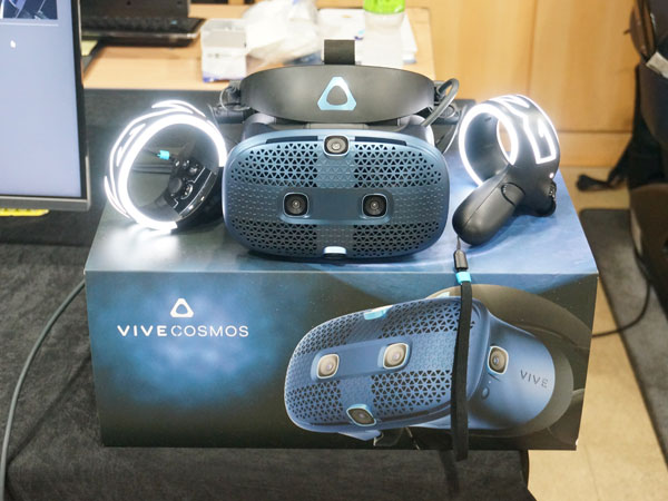 디자인 기능 개선한 VR 헤드셋, HTC VIVE 코스모스 국내 발표회